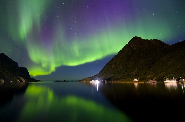 spectacular-northern-lights